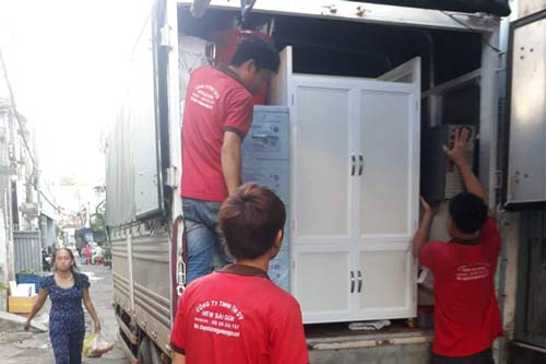 Dịch vụ chuyển nhà quận 1 của Sài Gòn Moving đang rất được khách hàng tin dùng