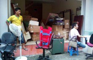 Những khó khăn khi sinh viên tự chuyển nhà
